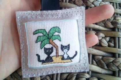 porte-clés broderie point de croix personnalisé chat sur mesure