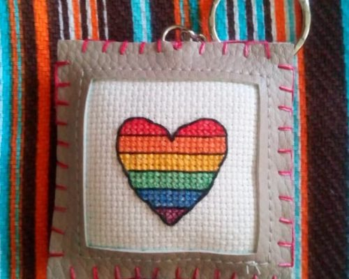 Porte-clés coeur LGBT
